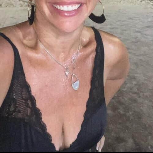 Anonyme Hessenlady sucht Sex in der Nähe